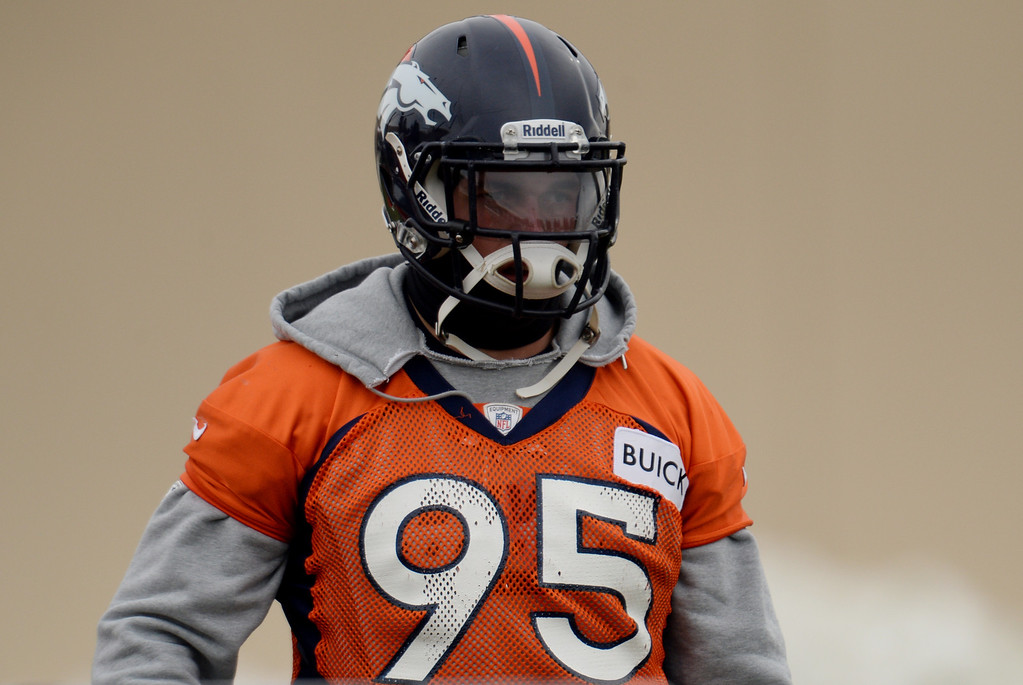 . CENTENNIAL, CO. NOVEMBER 22 : Derek Wolfe of Denver Broncos (95) is in the team practice at the field in Denver Broncos Headquarters at Dove Valley. Centennial, Colorado. November 22, 2013. (Photo by Hyoung Chang/The Denver Post)