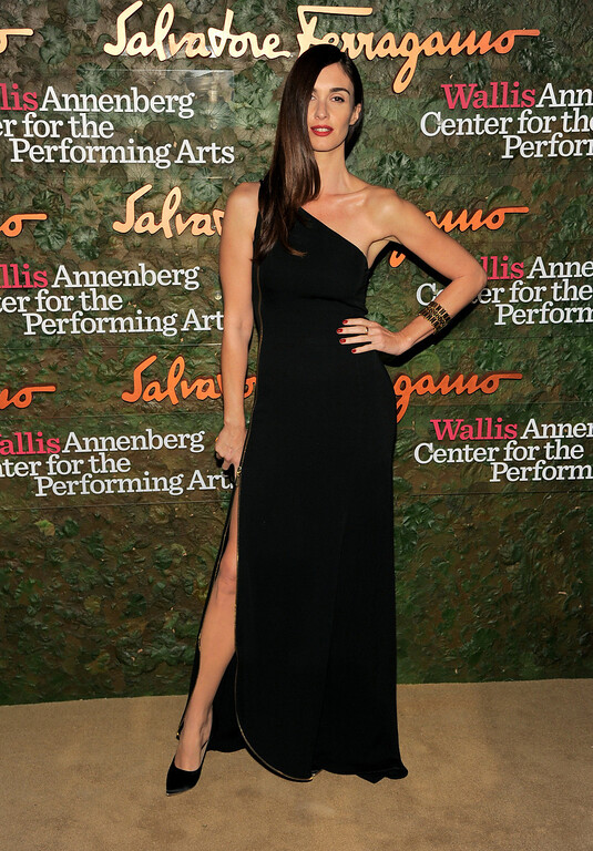 . Actress Paz Vega arrives at the Wallis Annenberg Center for the Performing Arts Inaugural Gala on Thursday, Oct. 17, 2013, in Beverly Hills, Calif. (Photo by Chris Pizzello/Invision/AP)