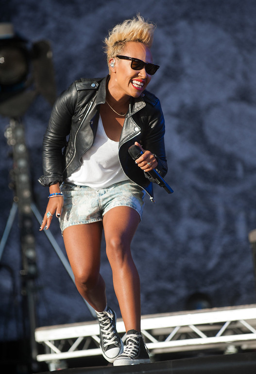 . Emeli Sande performs on day 2 of the V Festival at Hylands Park on August 18, 2013 in Chelmsford, England. (Photo by Rob Harrison/Getty Images)