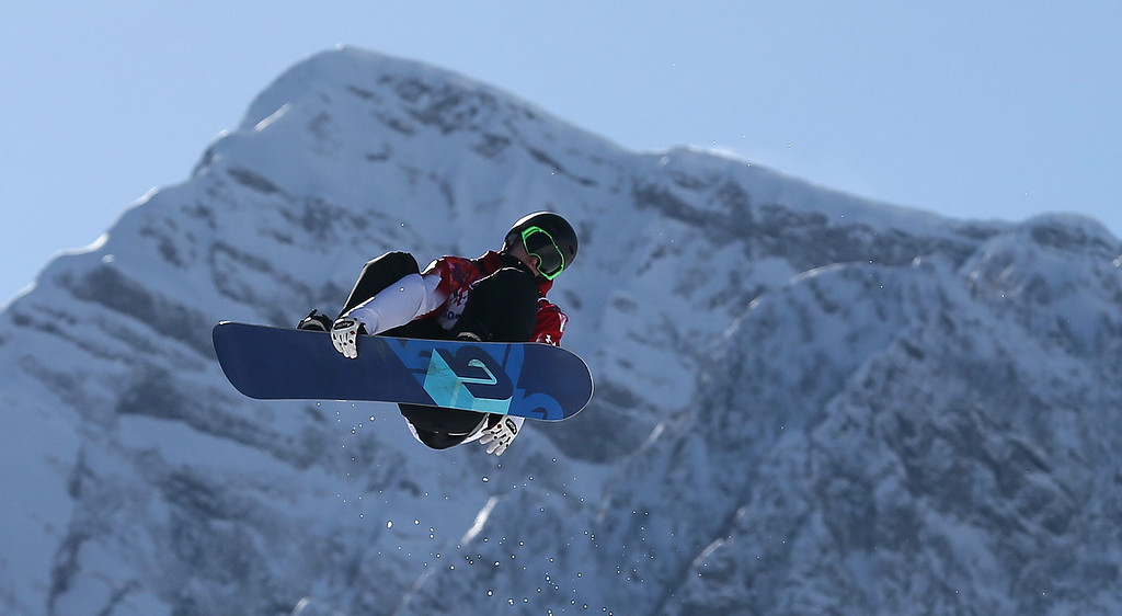 . Maxence Parrot of Canada during his second run in heat two of the Men\'sSnowboard Slopestyle qualification at Rosa Khutor Extreme Park at the Sochi 2014 Olympic Games, Krasnaya Polyana, Russia, 06 February 2014.  EPA/SERGEY ILNITSKY