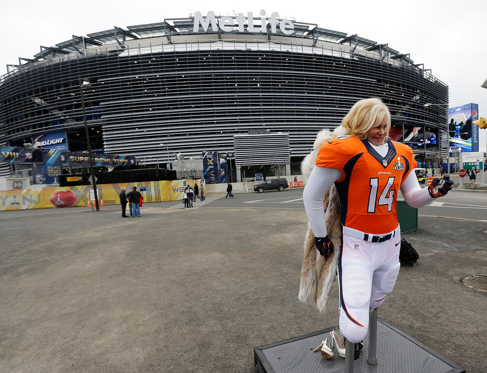 . Annabel Bowlen, wife of Denver Broncos owner Pat Bowlen, poses for a photograph near MetLife Stadium before the NFL Super Bowl XLVIII football game against the Seattle Seahawks Sunday, Feb. 2, 2014, in East Rutherford, N.J. (AP Photo/Ted S. Warren)