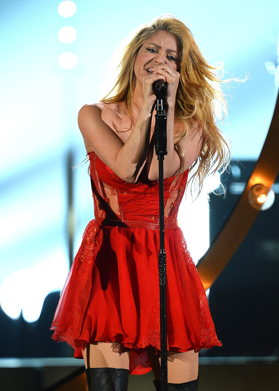 . Singer Shakira performs onstage during the 49th Annual Academy Of Country Music Awards at the MGM Grand Garden Arena on April 6, 2014 in Las Vegas, Nevada.  (Photo by Ethan Miller/Getty Images)