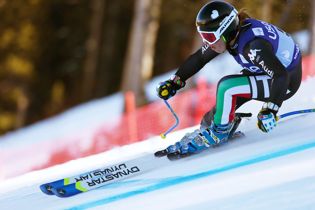 . Italy\'s Nadia Fanchini heads down course during the women\'s World Cup super-G skiing event, in Beaver Creek, Colo., Saturday, Nov. 30, 2013. (AP Photo/Allesandro Trovati)