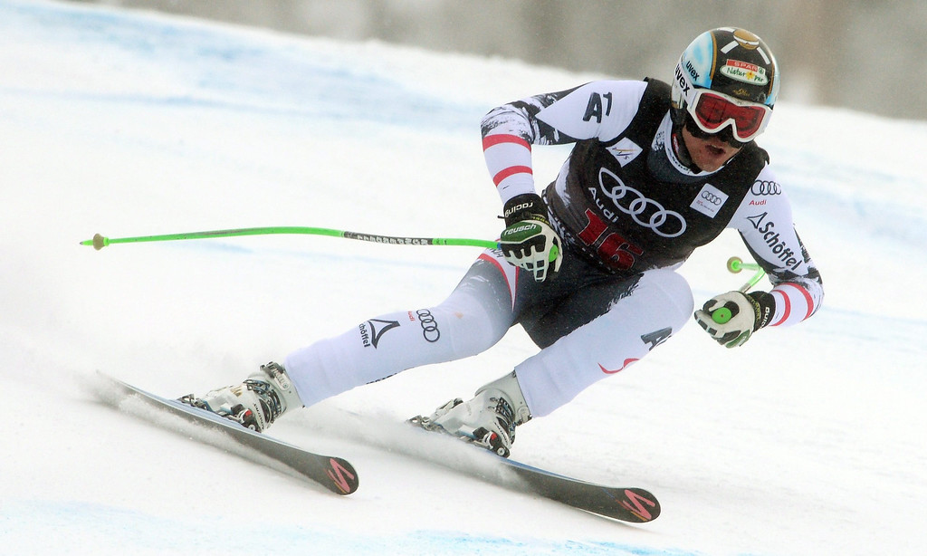 . Hannes Reichelt, of Austria, in action during the Men\'s Downhill race at the FIS Alpine Skiing World Cup in Beaver Creek, Colorado, USA, 06 December 2013.  EPA/JUSTIN LANE