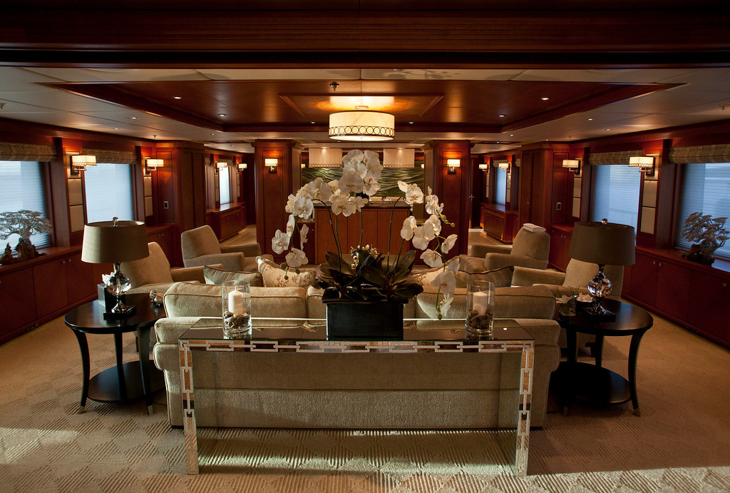 . A sofa, armchairs and other furniture sits in the main salon onboard the 190ft (57.9m) motor yacht Mi Sueno, manufactured by Trinity Yachts LLC, in Nice, France, on Wednesday, Sept. 25, 2013. Photographer: Balint Porneczi/Bloomberg