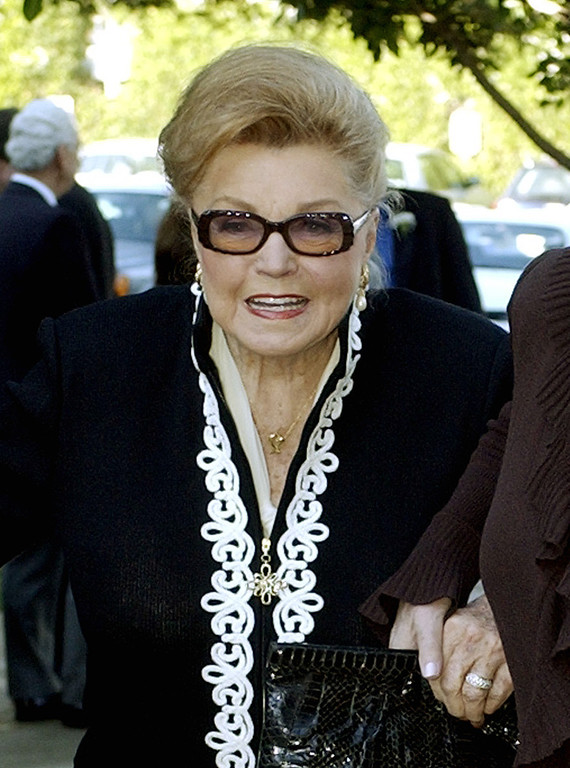 . This Jan. 28, 2004 file photo shows Esther Williams at the funeral service for dancer/actress Ann Miller at St. Mel Catholic Church in Los Angeles\' Woodland Hills area.  (AP Photo/Reed Saxon, file)