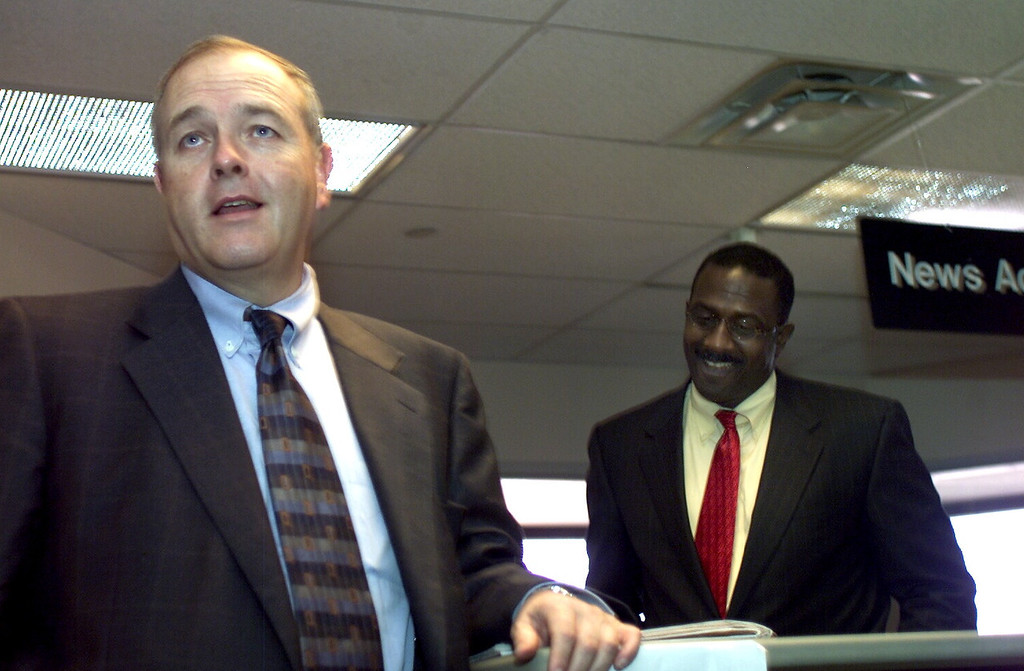 . Denver Post Publisher William Dean Singleton (left) introduces new Post Editor Greg Moore to the news staff during a meeting the Post newsroom, May 6, 2002. (Jerry Cleveland, The Denver Post)