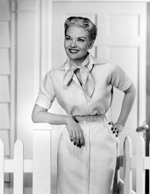 """. This 1958 file photo shows singer Patti Page. Page, who made \""""Tennessee Waltz\"""" the third best-selling recording ever. (AP Photo, file)"""