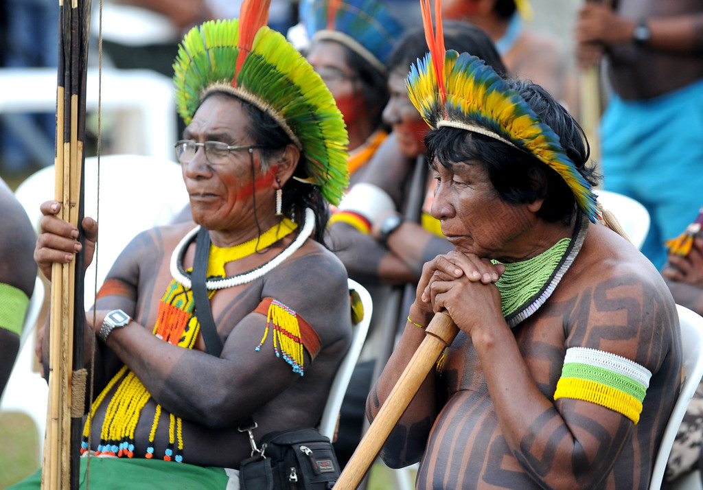 . Indigenous people attend a chiefs meeting in Brasilia on October 1, 2013, in the beginning of the National Indigenous Mobilization Week.  AFP PHOTO / Evaristo SA/AFP/Getty Images