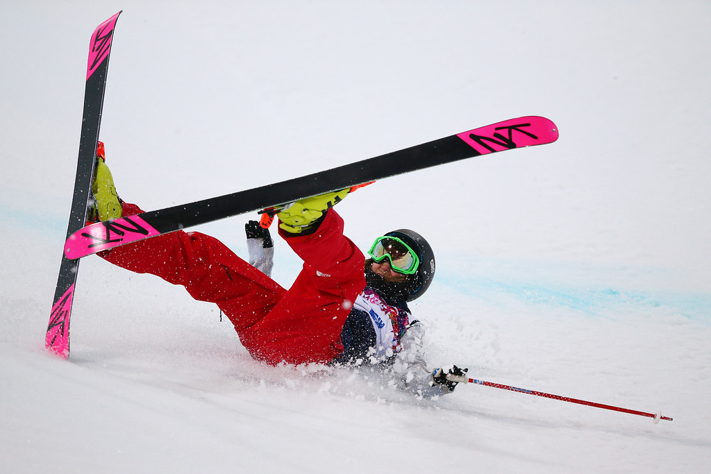 . Brita Sigourney of the United States crashes in the Freestyle Skiing Ladies\' Ski Halfpipe Finals on day thirteen of the 2014 Winter Olympics at Rosa Khutor Extreme Park on February 20, 2014 in Sochi, Russia.  (Photo by Cameron Spencer/Getty Images)