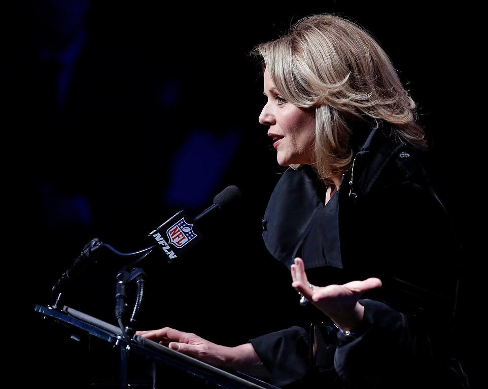 . Grammy award winning soprano, Renee Fleming, speaks at a news conference for the Super Bowl LXVIII in New York, New York, USA, 30 January 2014.  EPA/JASON SZENES