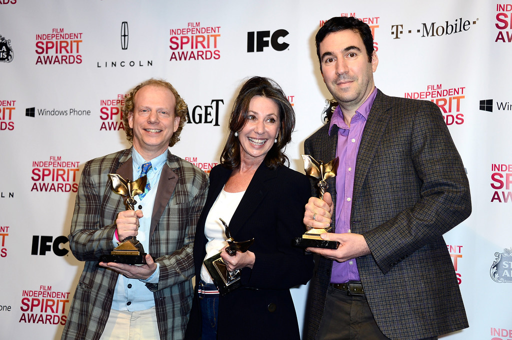 . SANTA MONICA, CA - FEBRUARY 23:  (L-R) Producers Bruce Cohen, Donna Gigliotti and Jonathan Gordon  pose with the Best Feature award for \'Silver Linings Playbook\' in the press room during the 2013 Film Independent Spirit Awards at Santa Monica Beach on February 23, 2013 in Santa Monica, California.  (Photo by Frazer Harrison/Getty Images)