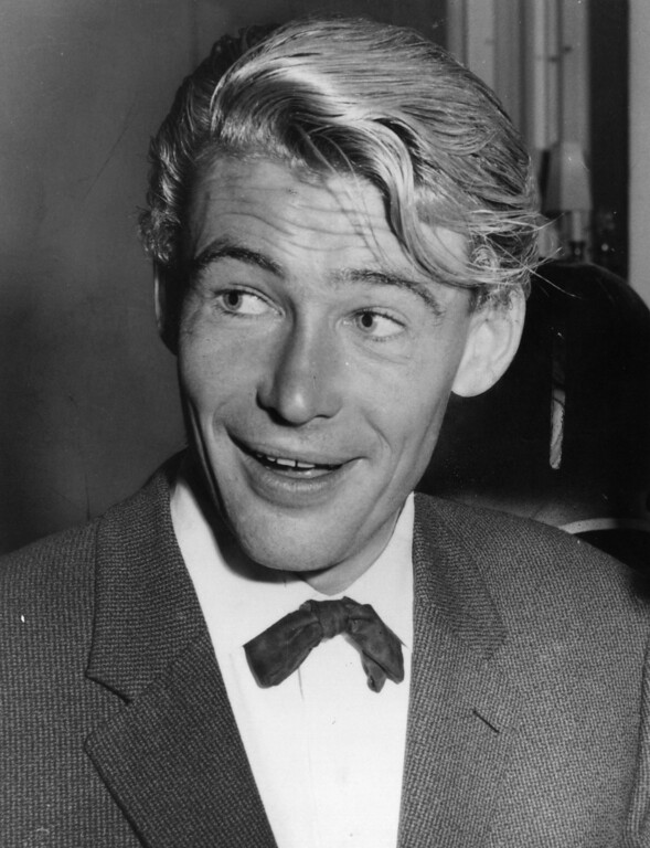 . Irish film actor Peter O\'Toole in November 1963.  (Photo by Central Press/Getty Images)