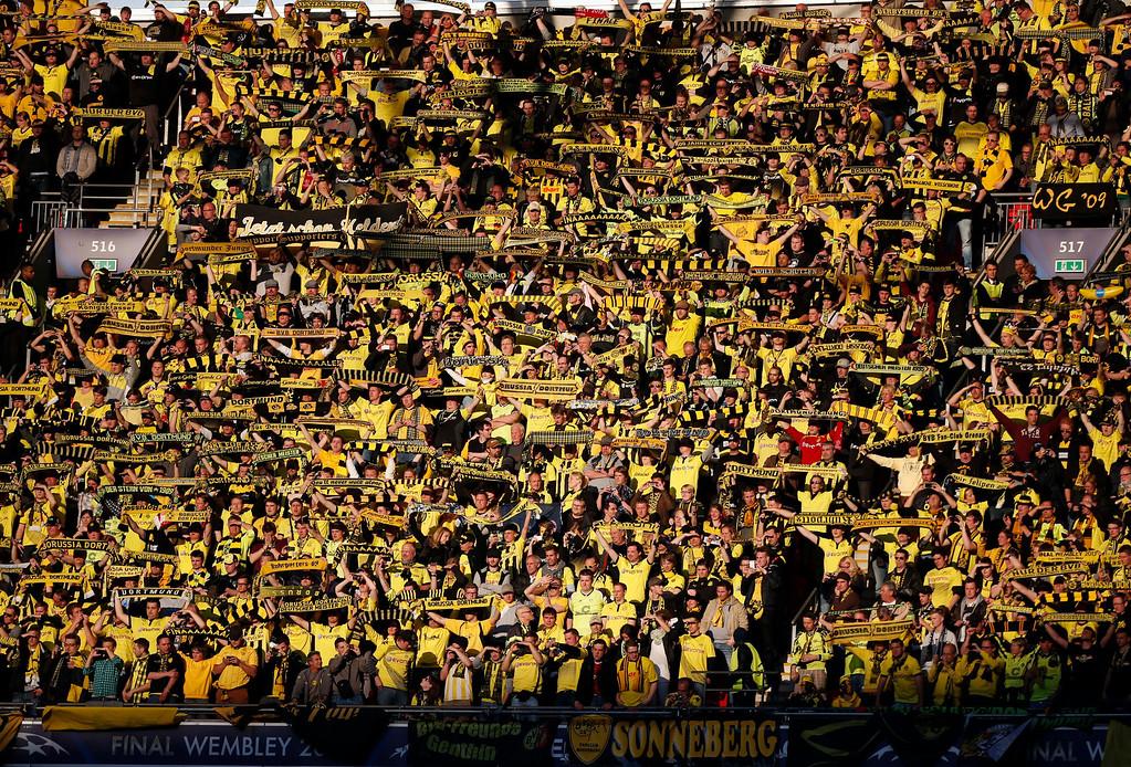 . Borussia Dortmund  ahead of the Champions League Final soccer match between Borussia Dortmund and Bayern Munich at Wembley Stadium in London, Saturday May 25, 2013.  (AP Photo/Matt Dunham)