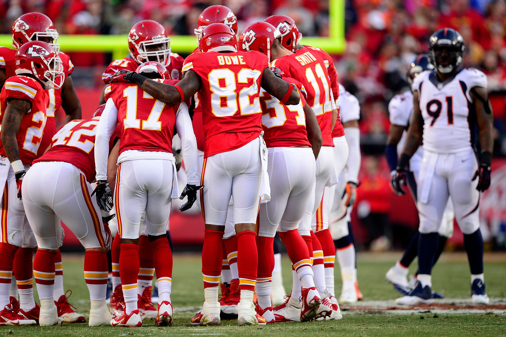 . The Kansas City Chiefs huddle during the first half of action at Arrowhead Stadium.   (Photo by AAron Ontiveroz/The Denver Post)