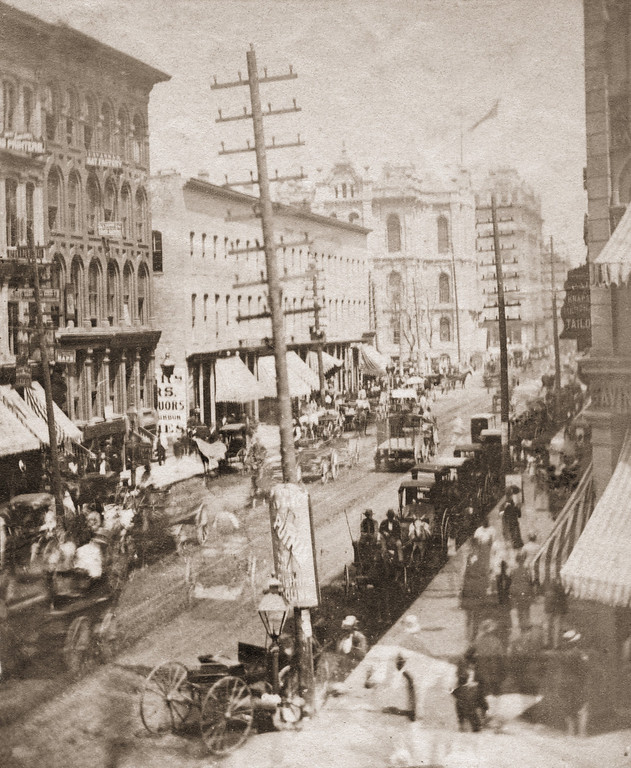 . State Street in Chicago, 1871. Later that year, the Great Chicago Fire destroyed a large part of the city, and claimed hundreds of lives. (Photo by Otto Herschan/Hulton Archive/Getty Images)