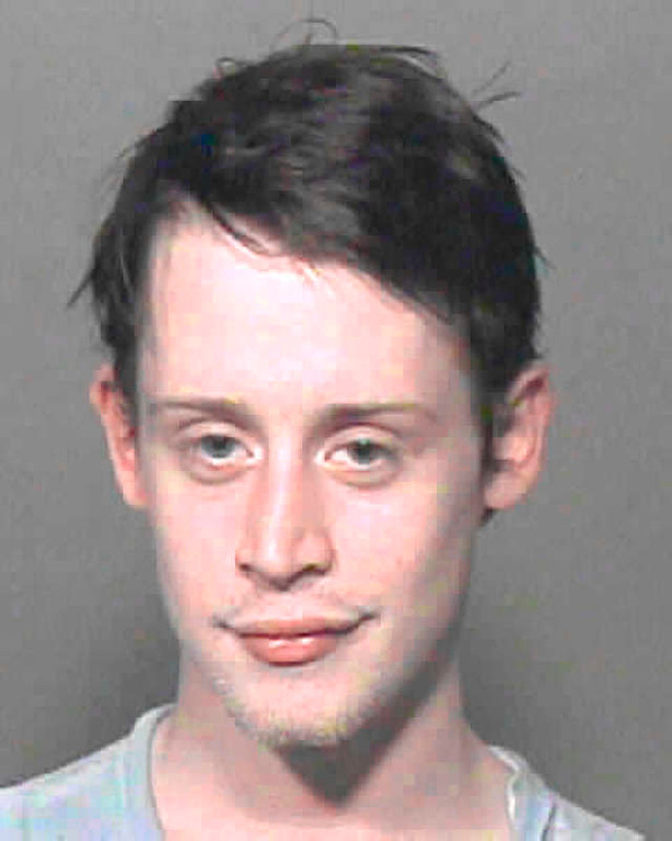 ". Macaulay Culkin is seen in an Oklahoma County Sheriff\'s booking mug Friday, Sept. 17, 2004, in Oklahoma City.  Culkin, star of ""Home Alone,\'\' was arrested for possession of a controlled dangerous substance without a prescription and possession of marijuana. He was booked into the Oklahoma County Jail. Bond was set at $6,000. Where Culkin was arrested and other details weren\'t immediately available. It was unclear why Culkin was in Oklahoma City and whether he was traveling alone. (AP Photo/Oklahoma County Sheriff)"