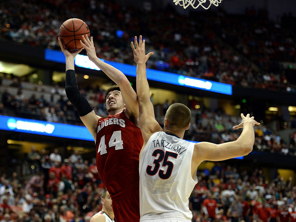 PHOTOS: Wisconsin vs. Arizona, 2014 NCAA basketball tournament