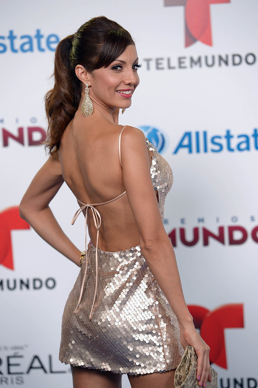. MIAMI, FL - AUGUST 15:  Victoria del Rosal arrives for Telemundo\'s Premios Tu Mundo Awards at American Airlines Arena on August 15, 2013 in Miami, Florida.  (Photo by Gustavo Caballero/Getty Images)