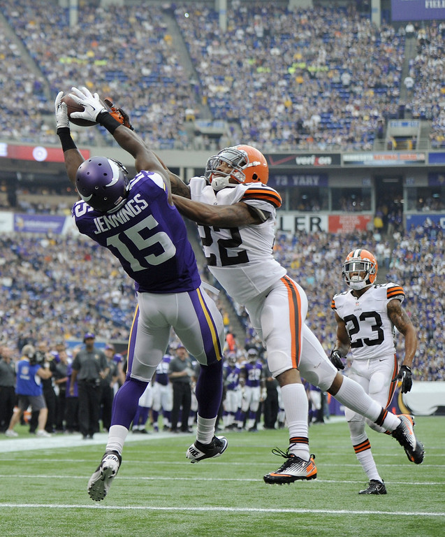 . Buster Skrine #22 of the Cleveland Browns breaks ups a touchdown pass intended for Greg Jennings #15 of the Minnesota Vikings during the second quarter of the game on September 22, 2013 at Mall of America Field at the Hubert H. Humphrey Metrodome in Minneapolis, Minnesota. (Photo by Hannah Foslien/Getty Images)