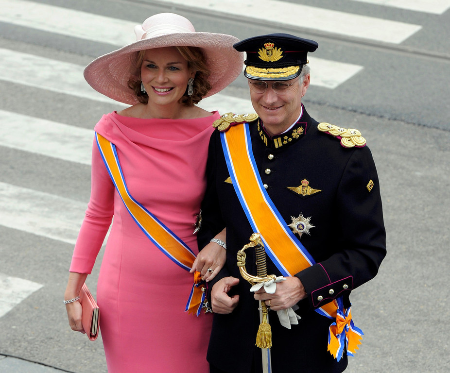 . Crown Prince Philippe and Crown Princess Mathilde of Belgium arrive at Nieuwe Kerk church before the religious crowning ceremony in Amsterdam April 30, 2013. Queen Beatrix of the Netherlands abdicated on Tuesday, handing over to her eldest son, Willem-Alexander, who became the first King of the Netherlands in over 120 years. REUTERS/Paul Vreeker