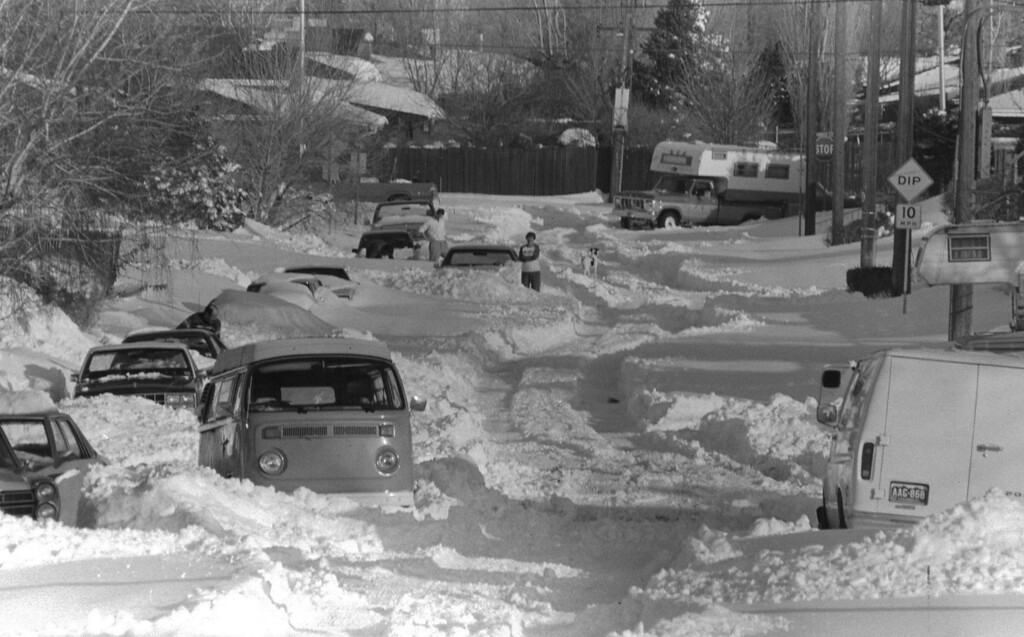 . Street lined with buried cars after the Blizzard Of \'82. Denver Post Library Archive