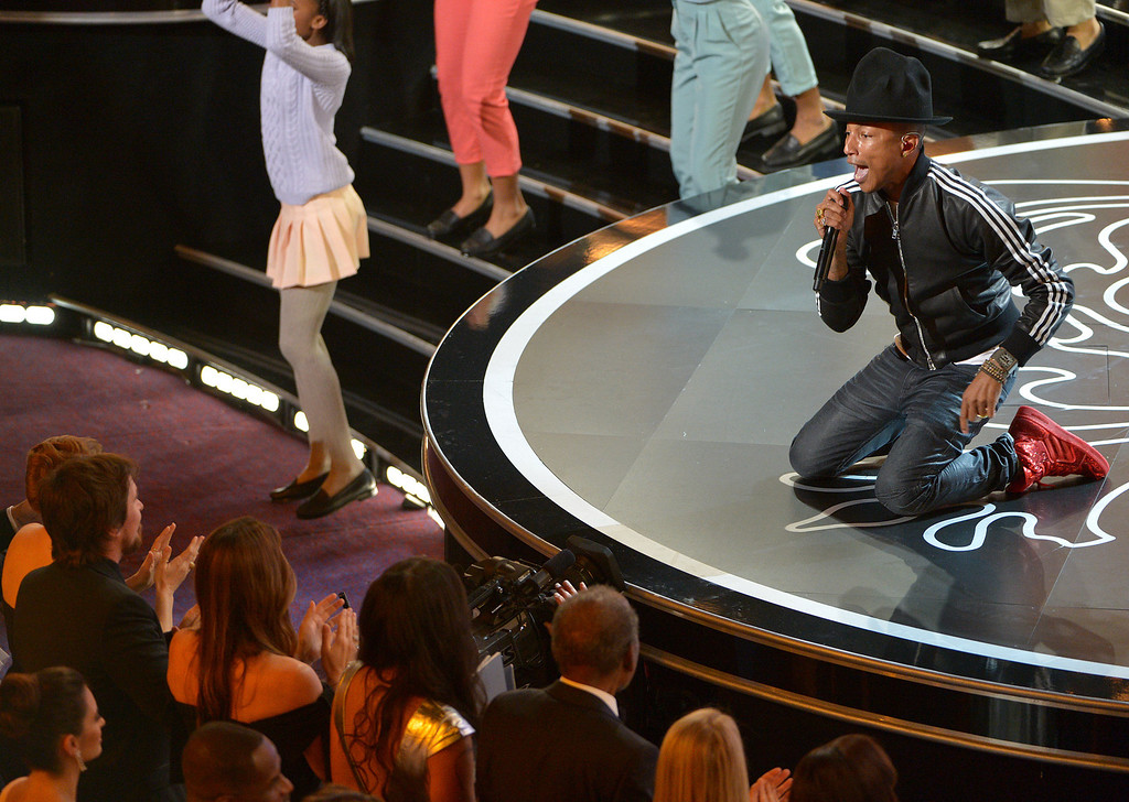". Pharrell Williams performs ""Happy\"" during the Oscars at the Dolby Theatre on Sunday, March 2, 2014, in Los Angeles.  (Photo by John Shearer/Invision/AP)"