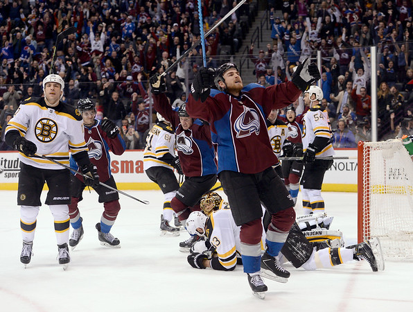 PHOTOS: Colorado Avalanche vs. Boston Bruins, Jan 21, 2015