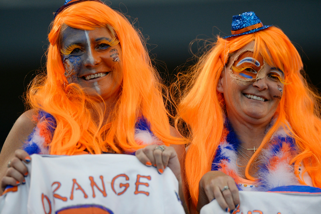 . ARLINGTON, TX - AUGUST 28: Denver Broncos fans in full swing to watch the game against the Dallas Cowboys August 28, 2014 at AT&T Stadium. (Photo by John Leyba/The Denver Post)