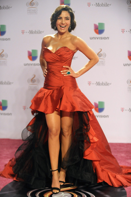 ". Itahisa Machado arrives at the 25th Anniversary Of Univision\'s ""Premio Lo Nuestro A La Musica Latina\"" on February 21, 2013 in Miami, Florida.  (Photo by Gustavo Caballero/Getty Images for Univision)"