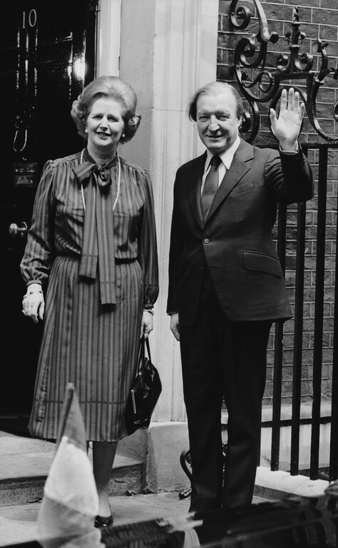 . Irish Prime Minister Charles Haughey, on the steps of 10 Downing Street, London, with Margaret Thatcher, the British prime minister.  (Photo by Keystone/Getty Images)
