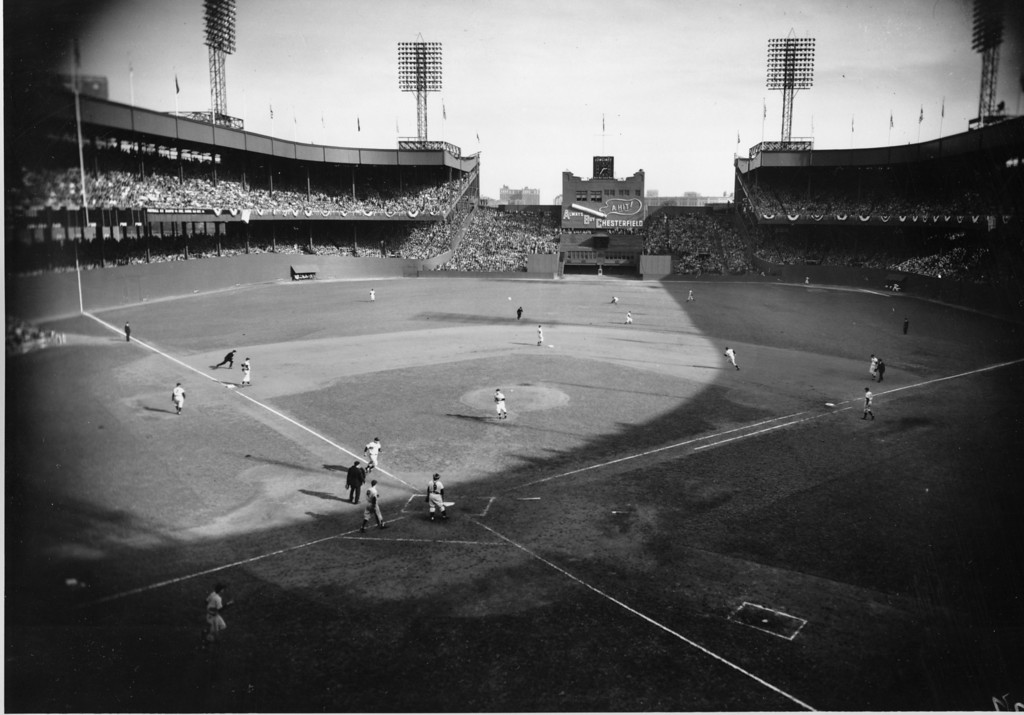 . This is a general view of World Series action between the New York Giants and the New York Yankees at the Polo Grounds, New York City, Oct. 9, 1951.  The Yankees won the 1951 World Series in 4 games.  (AP Photo/Tom Fitzsimmons)