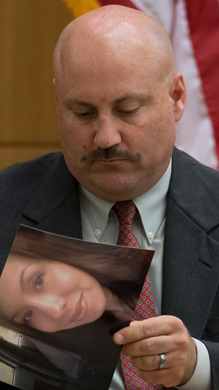 . Detective Robert Brown testifies during the Jodi Arias trial at Maricopa County Superior Court in Phoenix on Wednesday, April 24, 2013. Arias faces a potential death sentence if convicted of first-degree murder in the June 2008 killing of her one-time boyfriend at his suburban Phoenix home. Authorities say she planned the attack on Travis Alexander in a jealous rage.  (AP Photo/The Arizona Republic, Mark Henle, Pool)