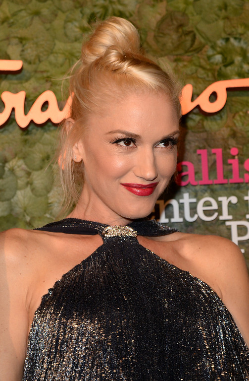 . Singer Gwen Stefani arrives at the Wallis Annenberg Center for the Performing Arts Inaugural Gala presented by Salvatore Ferragamo at the Wallis Annenberg Center for the Performing Arts on October 17, 2013 in Beverly Hills, California.  (Photo by Jason Merritt/Getty Images for Wallis Annenberg Center for the Performing Arts)