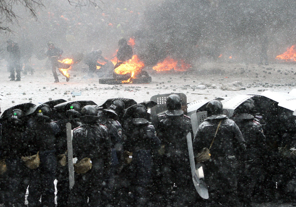 . Riot police officers clash with protestors in the center of Kiev on January 22, 2014.  AFP PHOTO/ ANATOLII BOIKO/AFP/Getty Images