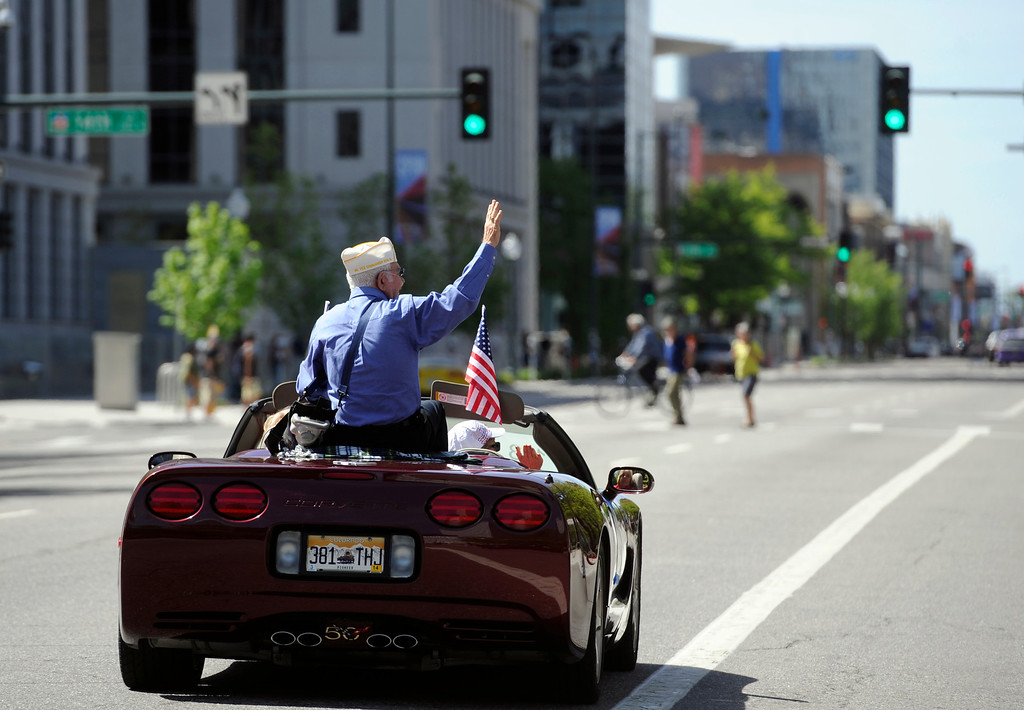 . The annual City and County of Denver Memorial Day Parade and Tribute winds its way through the streets of downtown honoring the sacrifices of servicemen and women. (Photo By Kathryn Scott Osler/The Denver Post)
