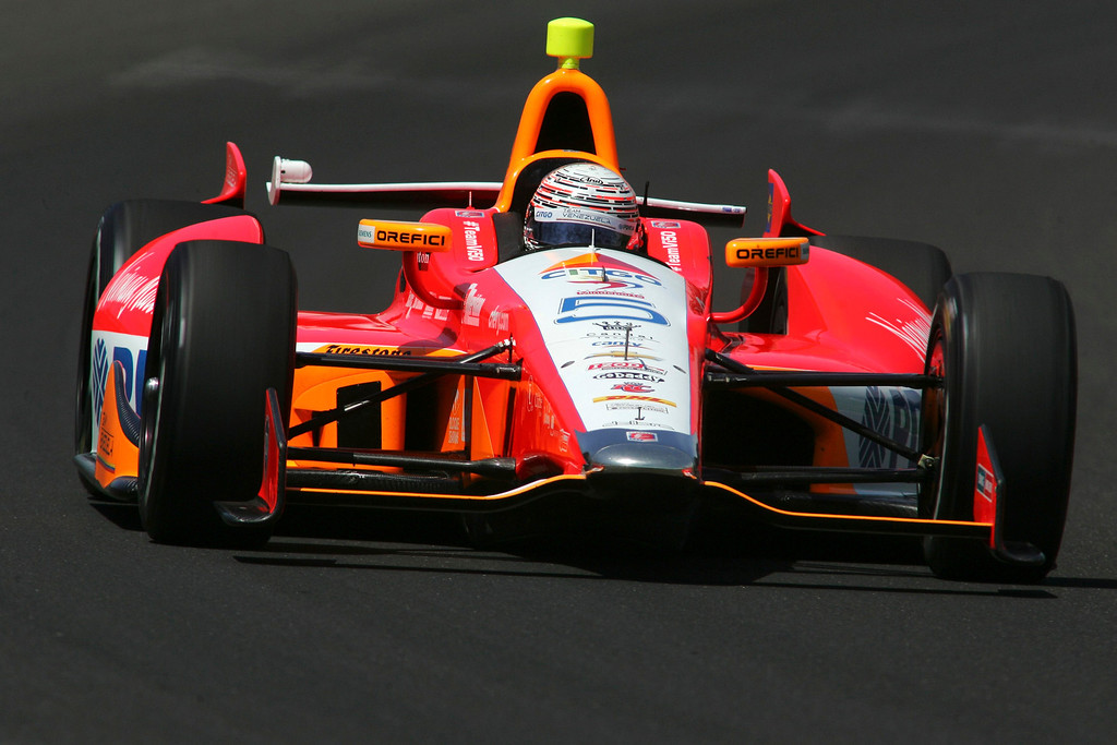 . Andretti Autosport driver E.J. Viso of Venezuela drives his car on the track during a practice session at the Indianapolis Motor Speedway in Indianapolis, Indiana May 15, 2013. The 97th running of the Indianapolis 500 is scheduled for May 26.  REUTERS/Pat Cocciadiferro