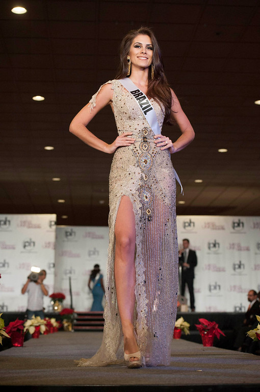 . Miss Brazil 2012 Gabriela Markus walks the runway during the Welcome Event at Bally\'s in Las Vegas, Nevada December 6, 2012. The Miss Universe 2012 competition will be held on December 19. REUTERS/Valerie Macon/Miss Universe Organization L.P/Handout