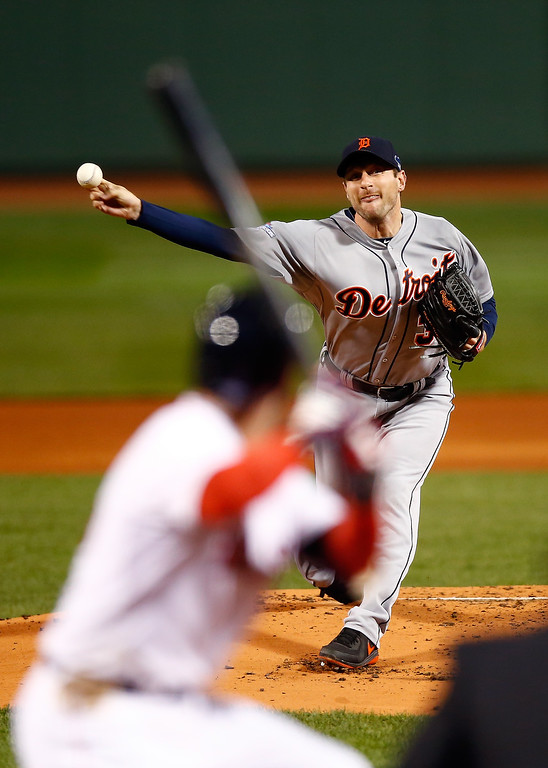 . Max Scherzer #37 of the Detroit Tigers pitches against the Boston Red Sox in the first inning of Game Two of the American League Championship Series at Fenway Park on October 13, 2013 in Boston, Massachusetts.  (Photo by Jared Wickerham/Getty Images)