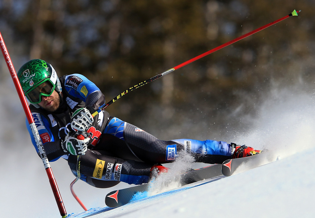 . Travis Ganong of the USA skis to 16th place in the men\'s downhill on the Birds of Prey at the Audi FIS World Cup on November 30, 2012 in Beaver Creek, Colorado.  (Photo by Doug Pensinger/Getty Images)