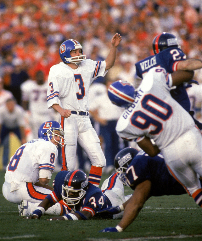 . Kicker Rich Karlis #3 of the Denver Broncos looks on as he misses his attempt for a field goal in the first quarter of Super Bowl XXI against the New York Giants at the Rose Bowl on January 25, 1987 in Pasadena, California.  (Photo by George Rose/Getty Images)