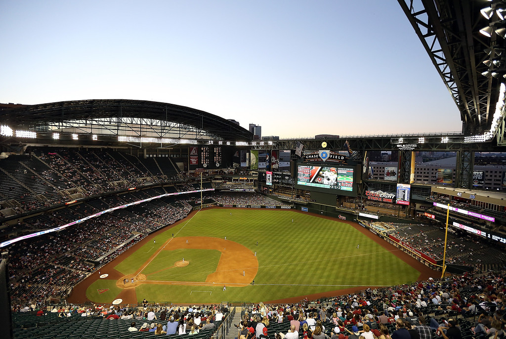 . General view of action between the Colorado Rockies and the Arizona Diamondbacks during the MLB game at Chase Field on April 30, 2014 in Phoenix, Arizona.  (Photo by Christian Petersen/Getty Images)