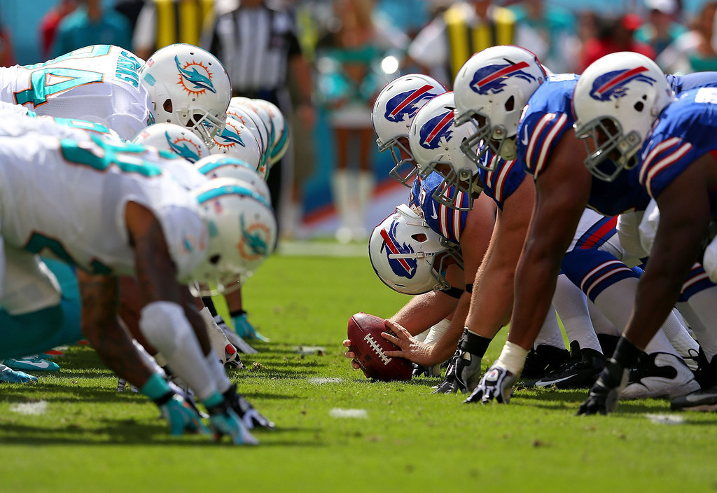 . The Buffalo Bills snap the ball during a game  against the Miami Dolphins at Sun Life Stadium on October 20, 2013 in Miami Gardens, Florida.  (Photo by Mike Ehrmann/Getty Images)