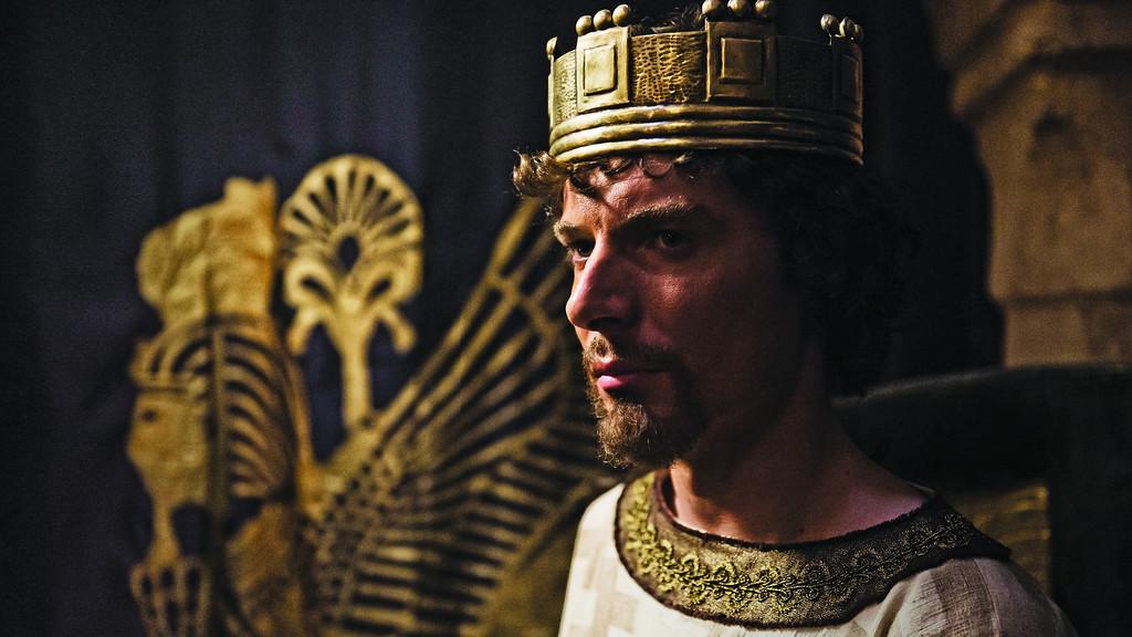 . Zedekiah, played by Samuel Collings Photo by ©2012 A+E Networks, LLC / Photo Credit: Joe Alblas, Copyright 2011