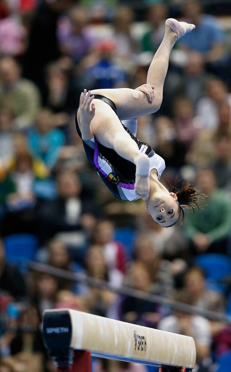 . Romania\'s Larisa Andreea Iordache competes on the beam during the women\'s apparatus finals at the European Men\'s and Women\'s Artistic Gymnastic individual Championships in Moscow April 21, 2013.  REUTERS/Grigory Dukor