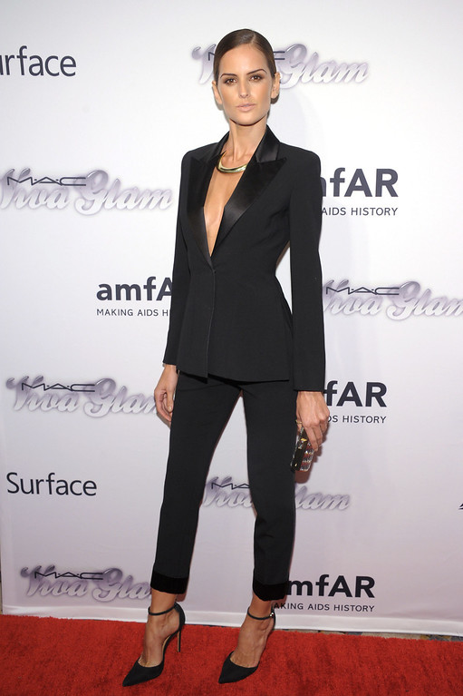 . NEW YORK, NY - JUNE 13:  Model Izabel Goulart attends the 4th Annual amfAR Inspiration Gala New York at The Plaza Hotel on June 13, 2013 in New York City.  (Photo by Michael Loccisano/Getty Images)