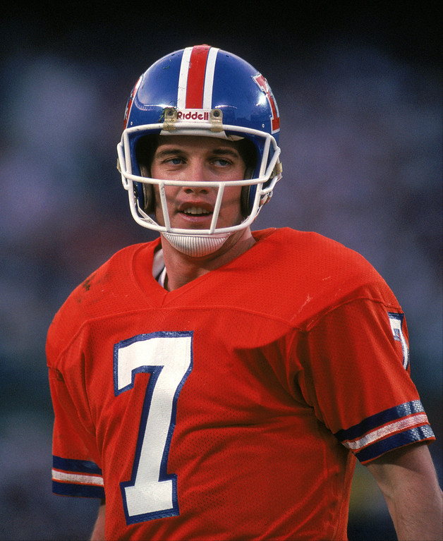. Quarterback John Elway #7 of the Denver Broncos looks on during Super Bowl XXII against the Washington Redskins at the Jack Murphy Stadium on January 31, 1988 in San Diego, California.  The Redskins won 42-10.  (Photo by George Rose/Getty Images)