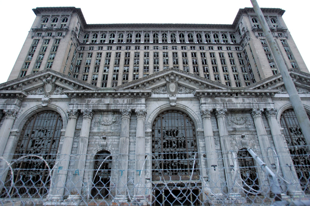 . Less than two miles from downtown Detroit stands the decaying, 18-story Michigan Central railroad station, seen on Thursday, Dec. 11, 2008, unoccupied for 20 years while one developer after another shied way from the cost of restoring its Beaux-Arts glory.  (AP Photo/Carlos Osorio)