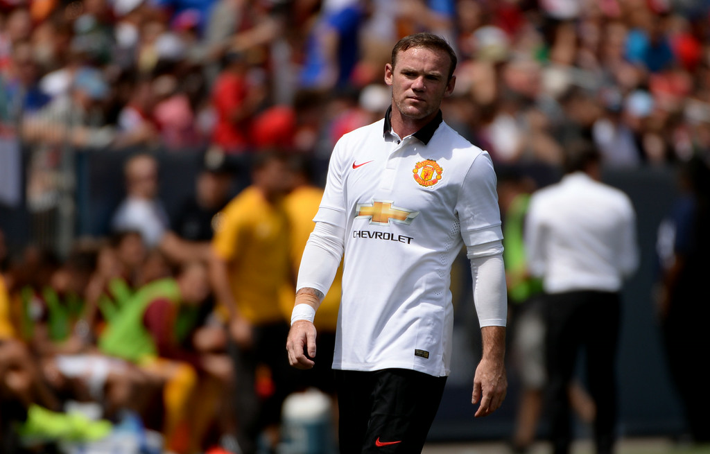 . Wayne Rooney of Manchester United (10) is in the game against AS Roma in Guinness International Champions Cup 2014 at Sports Authority Field at Mile High in Denver, Colorado,  July 26, 2014. (Photo by Hyoung Chang/The Denver Post)