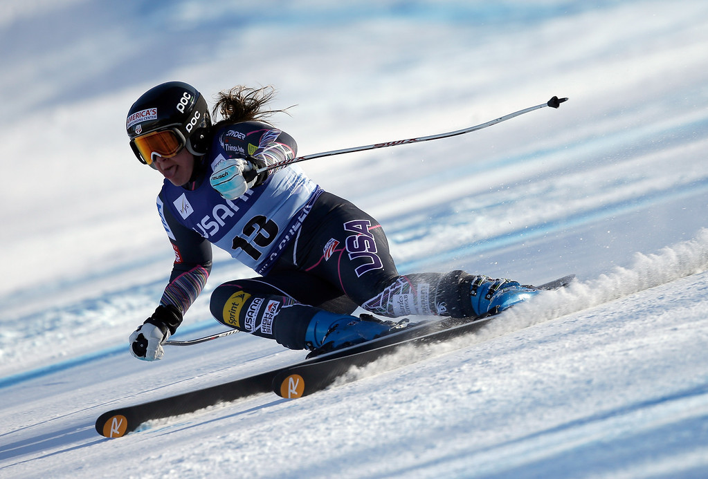 . Leanne Smith of the USA in action during the FIS Beaver Creek Ladies\' Super G World Cup Race on November 30, 2013 in Beaver Creek, Colorado.  (Photo by Ezra Shaw/Getty Images)